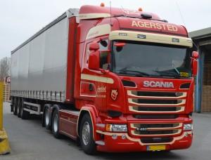 Vi specielfremstiller skabe, skørter, g-streng og så meget andet til din næste Scania