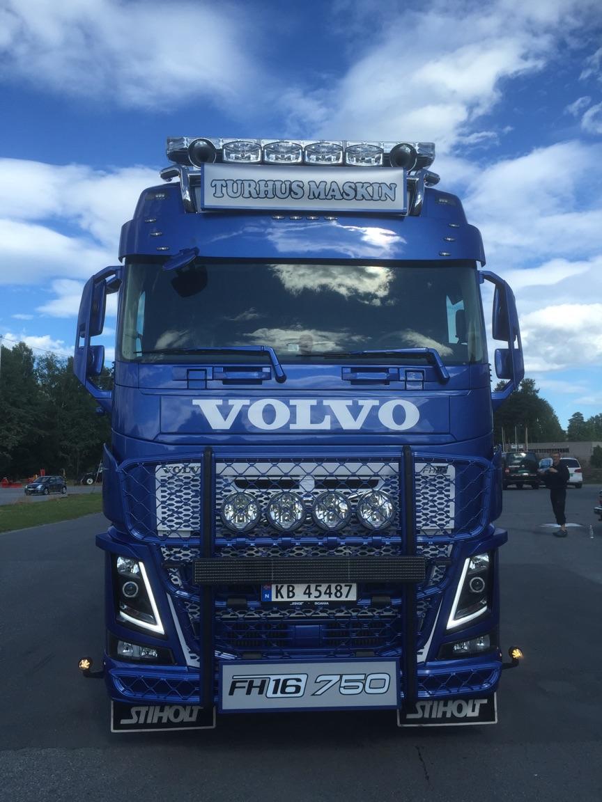 Volvo FH4 6x4